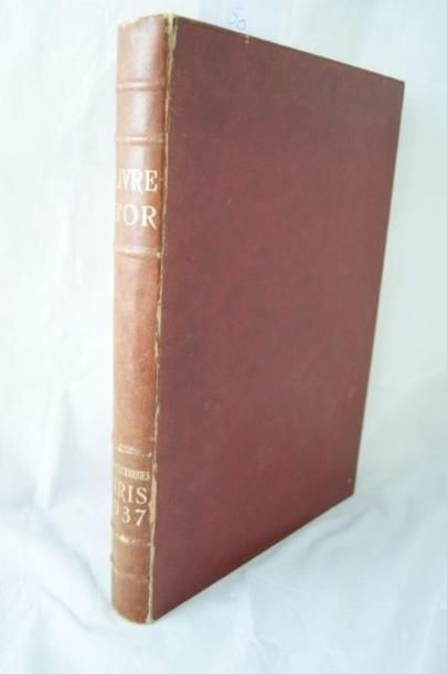 Le livre d'or officiel de l'exposition internationale...