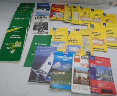 Lot de cartes routières Michelin
