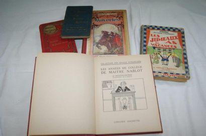 Petit lot de livres dont Cuisine, Romans...
