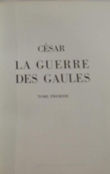 """César, """"La guerre des gaules"""" (2 volumes), Jean de Bonneau, 1970"""