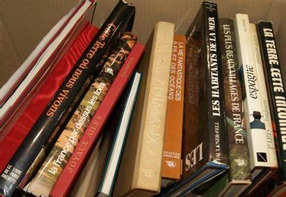 Lot de livres sur la Nature, la Géograph...