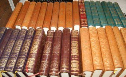Editions Tallandier, ensemble de plusieurs...