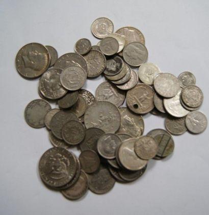 Lot de pièces en majorité américaine.