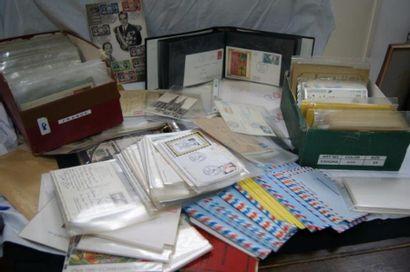 Lot d'enveloppes Premier Jour, d'enveloppes...