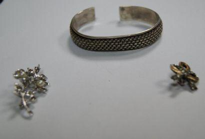 Lot de bijoux en argent, composé d'un bracelet,...