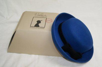 Elvis POMPILIO Chapeau de dame en feutre...