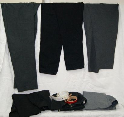 Lot de pantalons. Taille 42, 46. On y joint...