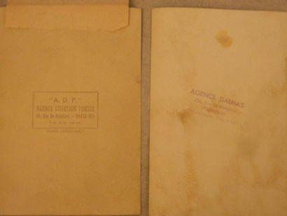Ensemble de 2 photographies de presse représentant Brigitte BARDOT .13x18 cm .Annotations...