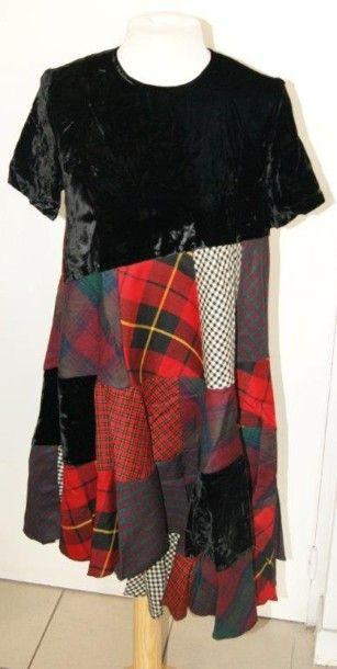 COMME DES GARCONS Robe en laine et coton....