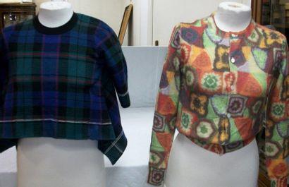 COMME DES GARCONS Lot de deux pulls en laine....