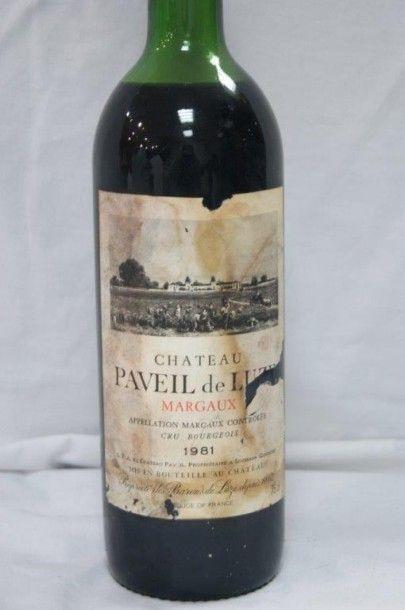 1 bouteille de Margaux, Château Paveil de Luze, 1981. (esa, B)