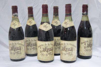 5 bouteilles de Côtes du Rhône, domaine de...