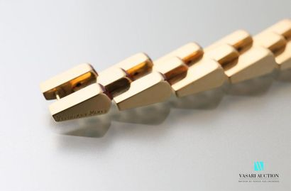 BOUCHERON Bracelet Escalier en or jaune 750 millièmes à maillons articulés, chacun...