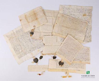 [MANUSCRITS] Ensemble de 10 manuscrits, sur velin de la fin du XIVe et début du...