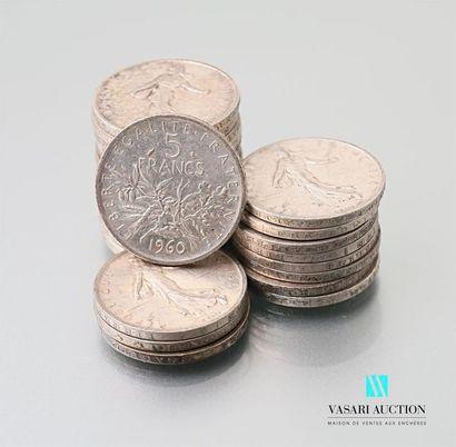 Lot de vingt-cinq pièces de 5 francs argent,...