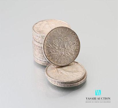 Lot de quatorze pièces de 5 francs argent,...