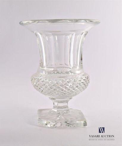 SAINT-LOUIS Vase Medicis en cristal à décor...