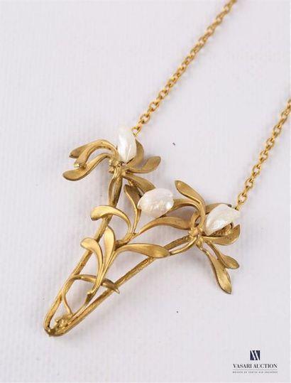 Collier Art Nouveau en plaqué or, la chaîne...