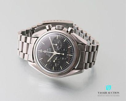 OMEGA Speedmaster, montre bracelet d'homme en acier, boîtier tonneau, cadran noir...