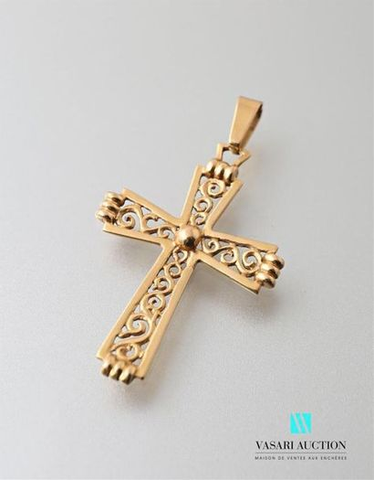 Pendentif croix e or jaune 750 millièmes...