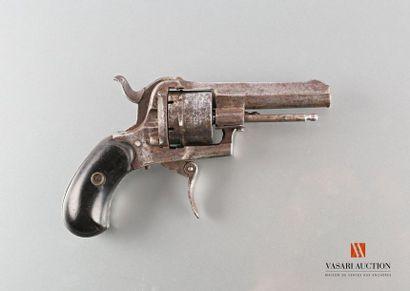 Revolver à broche, calibre 7 mm, barillet...