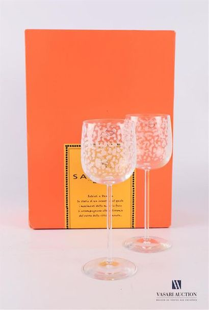 SALVIATI Paire de verres à pied en verre...