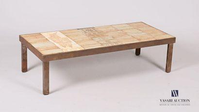 CAPRON Roger (1920-2006) Table basse en grès...