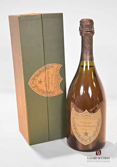 1 bouteilleChampagne DOM PÉRIGNON1976...