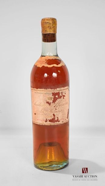 1 bouteilleChâteau D'YQUEM1er Cru Sup Sauternes1939...