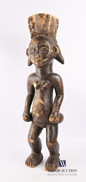 PUNU - GABON Fétiche féminin en bois sculpté...