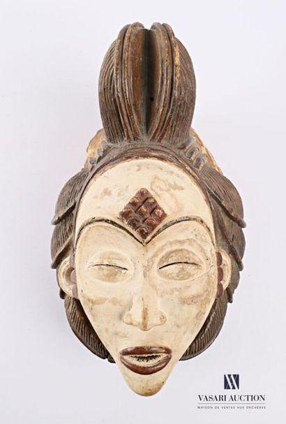 PUNU - GABON Masque féminin blanc en bois...