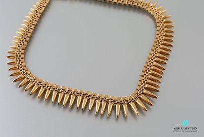 Collier collerette en or jaune 750 millième, mailles carrées, rectangulaires et...