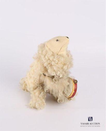 «Ours sauteur au tambourin», ours en carton...