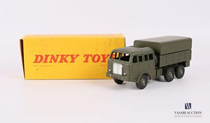 DINKY TOYS Camion militaire Berliet tous...