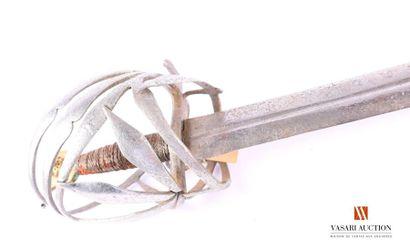 Épée dite « Schiavona », pommeau «oeil de...
