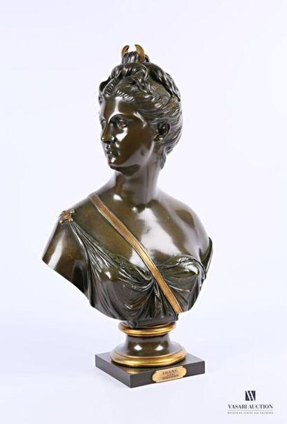HOUDON D'après Buste de Diane Chasseresse...