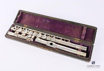 Flûte traversière en métal argenté chiffrée...