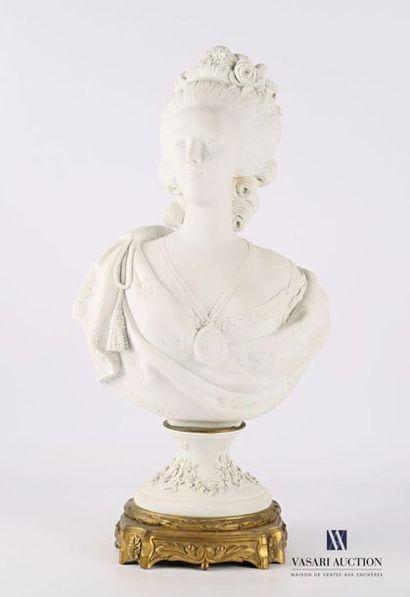 Buste de Marie Antoinette en biscuit d'après...