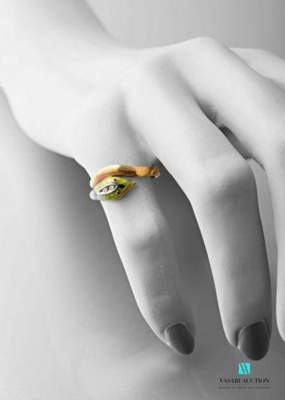 Bague serpent en or jaune 750 millièmes,...