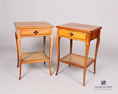 Paire de table de chevet en bois naturel...