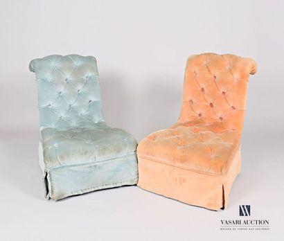 Paire de chaises chauffeuse en bois naturel,...
