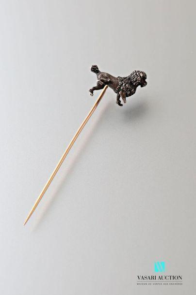 Epingle, la tige en or rose 750 millièmes,...