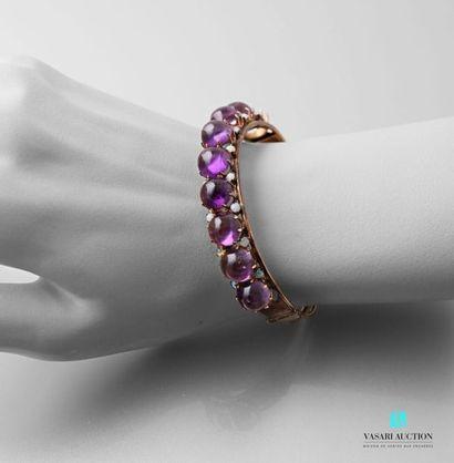 Bracelet rigide ouvrant en or 585 millièmes...