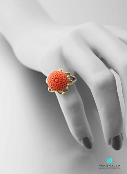 Bague en or jaune 750 millièmes, l'anneau...