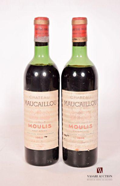 2 bouteillesChâteau MAUCAILLOUMoulis1964...