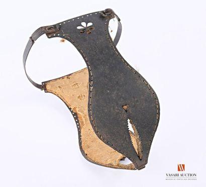 Curiosa : ceinture de chasteté, petite taille,...