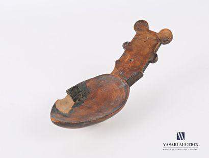 Curieuse cuillère en bois ciré, prise rectangulaire...