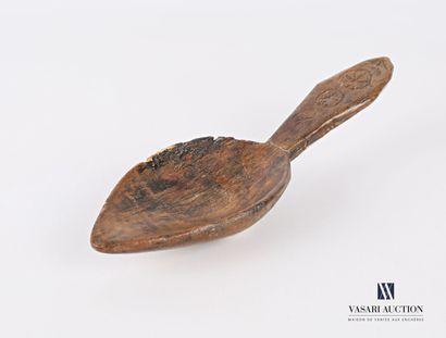 Petite cuillère en bois teinté, à cuilleron...