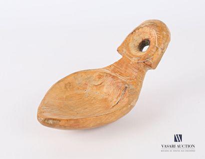 Petite cuillère en bois clair à prise hémisphérique...