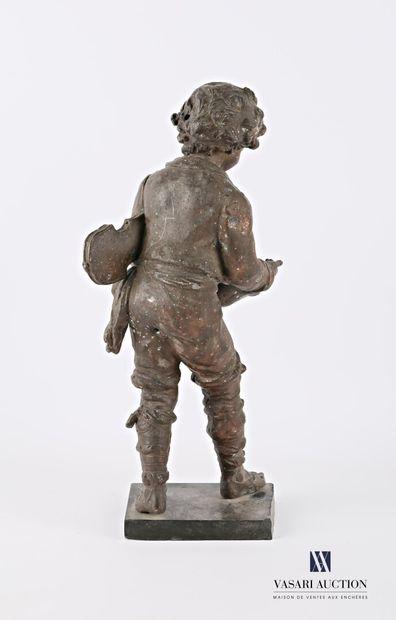 Sujet régule représentant un vagabond musicien  Socle en ardoise  (importante usure...